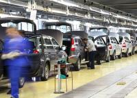 Válságkezelés az autógyárak árnyékában