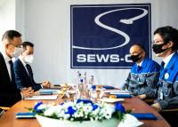A világ legnagyobb autógyártóinak szállít majd alkatrészeket a móri cég