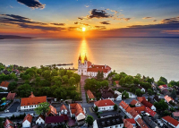 Tarolt a Balaton-parti település: ez a város nyerte a kereskedelmi szálláshelyek országos versenyét 2020-ban