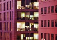 Hatalmas ingatlanvásárlást jelentett be az MNB Alapítvány: 6 országban, 41 irodaházat érint az üzlet
