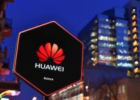 Élesedik a Huawei-botrány, bekeményít az Egyesült Államok