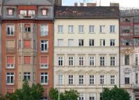 Szabadságra mentek a lakásvásárlók: év eleji szintre esett vissza az adásvételek száma